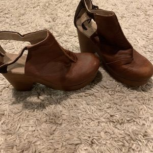 Free People Amber Orchard clogs, brown, size 38